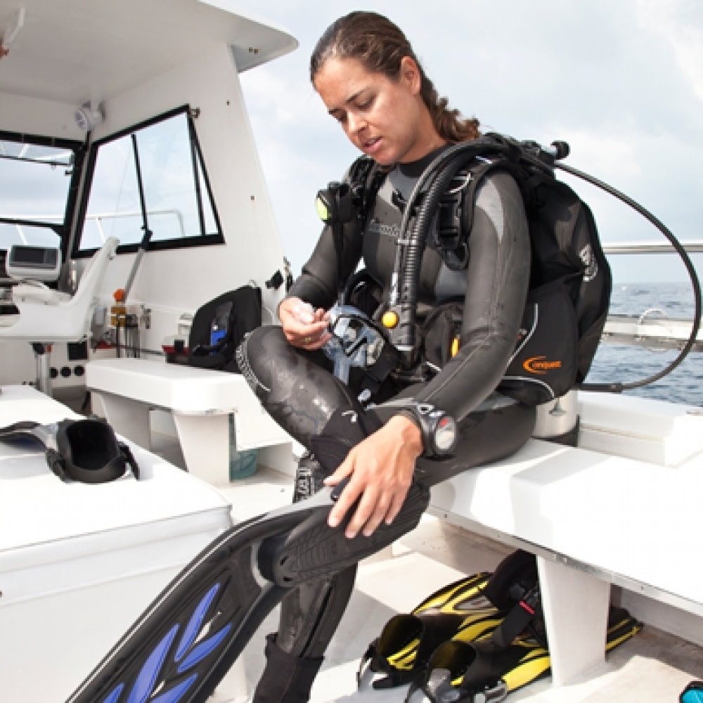 How To Choose Scuba Fins? A Beginners Guide 1